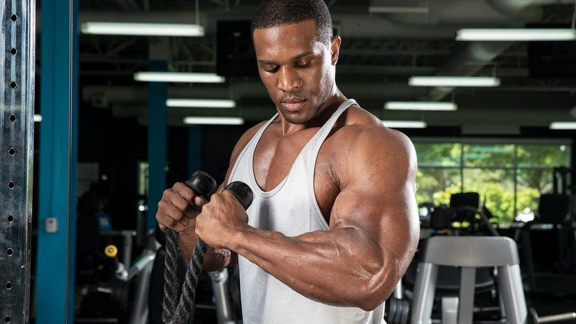 ¿Cómo puedo bajar de peso sin perder músculo?